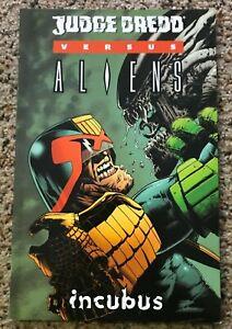 Judge Dredd versus Aliens - First Edition 2004