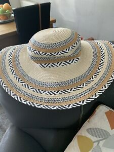 Debenhams Beach Hat