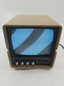 1978 Vintage Sanyo VM4209 CRT Video Monitor for Apple I II Computer Turns On