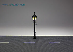 3x LED Parklaterne Spur H0 60 mm