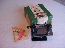 Vintage 1953 Singer Model 20 Child Sewing Machine In The Box With Booklet