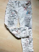 XXL 44 Coole Crash Hose Damen Schrift Sterne Taschenuhr schönes Muster Weiß