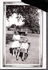 VINTAGE PHOTOGRAPH GIRLS BIRTHDAY CAKE DELIVERY VAN TRUCK ARLINGTON TEXAS PHOTO