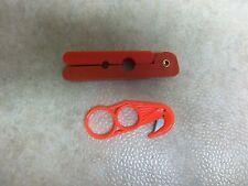 Heavy Duty Red Plastic Tail Zipper Splitter Fur Handling Skinning Fleshing Pelt