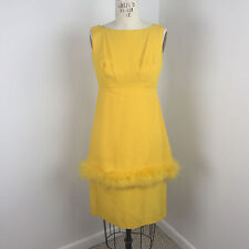 VTG 60s Womens Dress Sz 10 Sheath Yellow Feathers Mod Party Yellow Crepe Bow E29