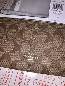 Coach Double Large Zip Wallet In Signature Two Tone Khaki/Chalk