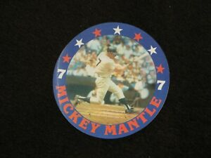 TWO (2) MICKEY MANTLE ITEMS:FLICKER PATCH RARE NM/M & RETIREMENT BUTTON NM/MINT.
