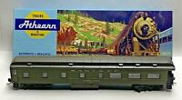 Athearn #1871 Santa Fe Observation Car With Original Blue Box HO Scale