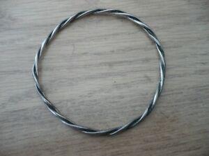 Bracelet jonc torsadé ancien argent massif 10,6 Grs