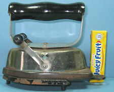OLD ASBESTOS TOY SAD IRON W/ TRIVET DIFFERENT * & NOW ON SALE * CI 850