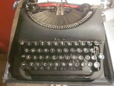 Rare Remington Deluxe  Portable Typewriter Model 5  Works Fine