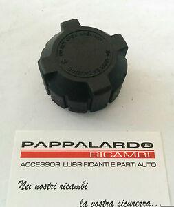 TAPPO ACQUA RADIATORE FIAT PANDA (141A) 750 - 900 - 1000 - 1100 DAL 1980 AL 2003