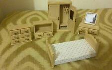 Vintage Sylvanian families 90s bedroom set suite hotel?