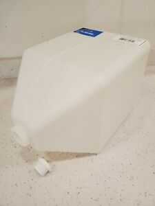 Brand New ace roto mold 5 gallon total drain poly tank