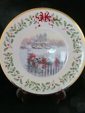 """Lenox Annual Holiday Collectors Plate """"Home for Holidays� 2008."""
