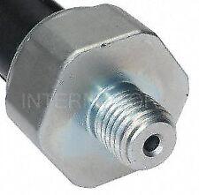 Standard Motor Products PS495 Oil Pressure Sender for Light