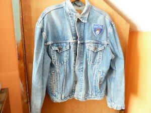 TINA TURNER Large blue Levi Strauss denim jacket. Foreign affair tour 1990.