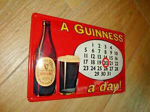 3D Blechschild Guinness Bier 20x30 cm A GUINNESS a day Kalender Irland Ireland