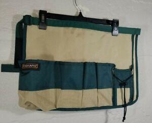 Fiskars 394240-1002 Green Garden Bucket Caddy