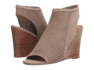 Steve Madden Womens Winny Perforated Wedge Sandals (Grey Nubuck, 5.5)