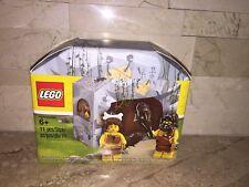 LEGO CAVEMAN & WOMAN MINIFIGURE SET 5004936