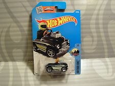 2016 HOT WHEELS  ''HW RIDE-ONS'' #67 = PEDAL DRIVER =  BLACK    int