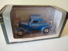 SpecCast Die Cast Metal 1932 Ford Coupe SR 1:25 Die Cast Replica Farber Bag NEW