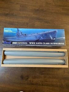 REVELL WWII GATO CLASS SUBMARINE 1:72 SCALE MODEL KIT ESTATE PREOWNED