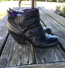 M Blowfish Black Booties Women's Size 9 M Shoes Boots Synthetic