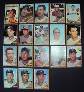 1962 Topps Baseball 18 Card Lot (Howard,Fox,Larsen)-C