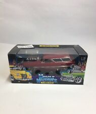 MUSCLE MACHINES 1965 Chevy Chevelle Wagon  1:18 SCALE Burgundy