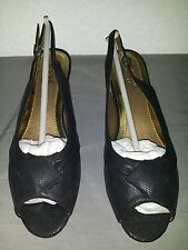 NEW SOFT STYLE A HUSH PUPPIES COMPANY 2IN HEEL 8M SHOES BLACK PATENT LEATHER