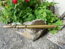 Ancien outil pompe seringue pulvérisateur ? en cuivre