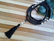 Collana Mala Rosario 108+1 in pietra lavica con perle bianche  Nepal