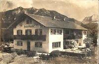 Krün Bayern alte Echtfoto-AK s/w 1961 gelaufen Partie am Gästehaus Hubertushof