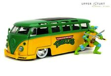 TMNT Leonardo & 1962 VOLKSWAGEN Bus 1 24