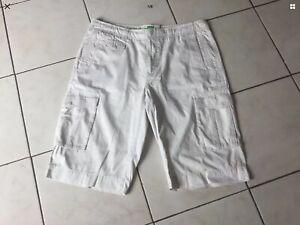 Short bermuda HUGO BOSS taille 54 soit XXL coton blanc