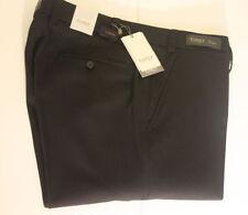 Pantaloni da uomo nero corto