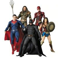 Justice League Mafex Bruce Wayne Flash Wonder Aquaman Action Figure Toy Doll