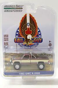 1:64 Greenlight 1982 GMC K-2500 Sierra Grande Wideside FALL GUY Stuntman Associa