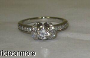 TIFFANY & Co RIBBON PLATINUM .46ct DIAMOND ENGAGEMENT RING NO RESERVE!