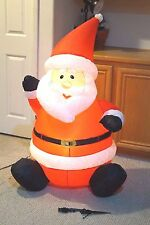 HOLIDAY LIVING AIRBLOWN INFLATABLE CHRISTMAS SANTA LIGHTED