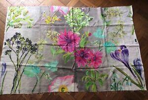 Designers Guild Remnants - Floral Linen  Approx 145 cm x 94 cm