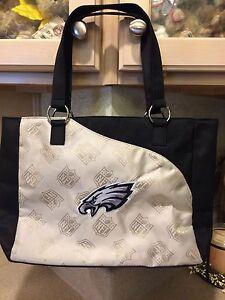 Philadelphia Eagles NFL Ladies Purse, New With Tags