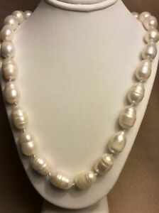 Beautiful 12-14mm Natural South Sea Freshwater Baroque White Pearl Necklace 24''