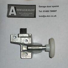 Hormann Garador Retractable Door RH top roller wheel bracket 1084804