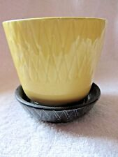 SHAWNEE POTTERY YELLOW & BLACK #484 DUOTONE FLOWER POT & SAUCER PLANTER