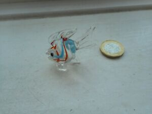 FISH - BEAUTIFUL GLASS  MINIATURE - SOLID COLOURED GLASS FANCY CLEAR, RED, BLUE