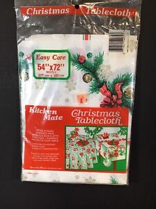 Kitchen Mate Christmas Tablecloth Vinyl 54 x 72 in White- Red Poinsettias
