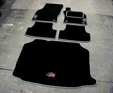 Negro/gris alfombrillas de coche para caber Seat Leon FR RHD (5F/2012) + FR logotipos + Boot Mat